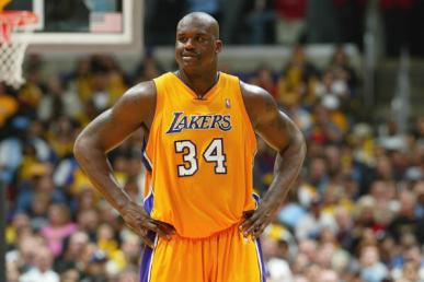 Shaquille O'Neal Scores 61 points on his Birthday (Video)